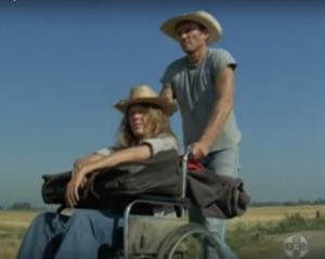 Pamela Peyton-Wright and James Olsen as the Simms on the road to Portland